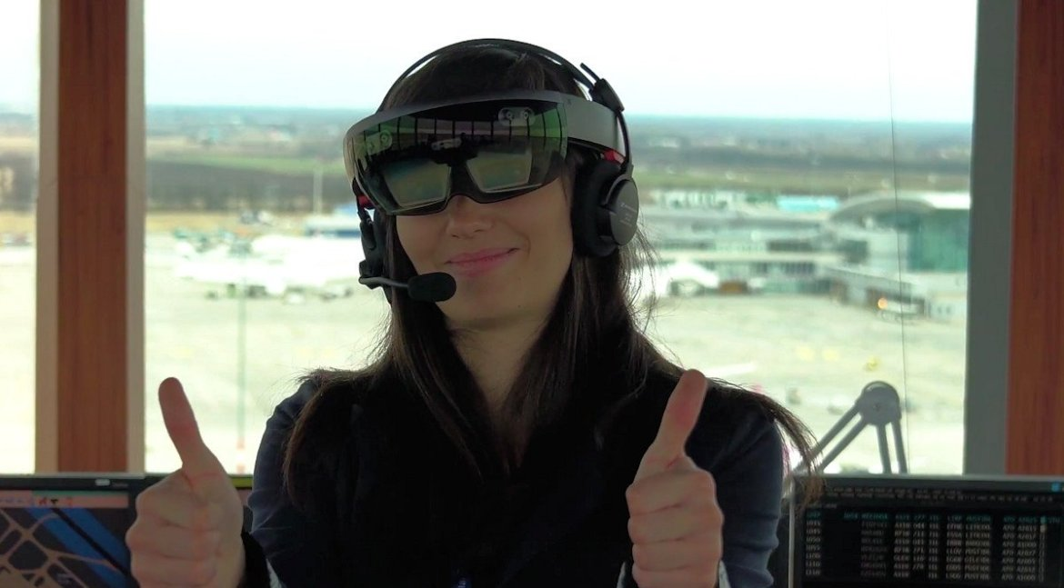 360World brings the Microsoft HoloLens to the Air Traffic Control industry -