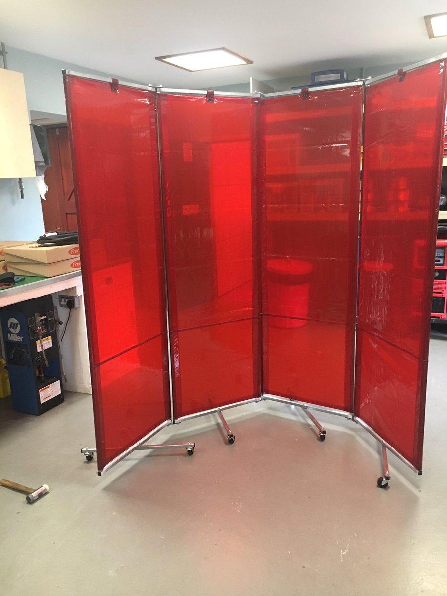 folding welding curtain