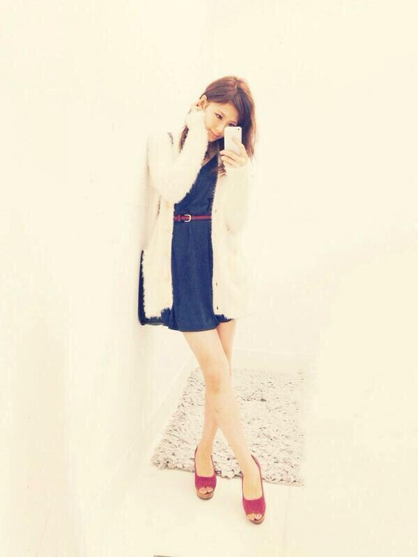 test ツイッターメディア - 西内まりやちゃんの私服♡ ふわふわもこもこカーデは女の子らしいモテアイテム♡ https://t.co/7ha3wEtwkB