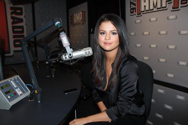 60364960d5d6 Celeb Selena Gomez X Puma 2018 Promoshoot - imgUrl