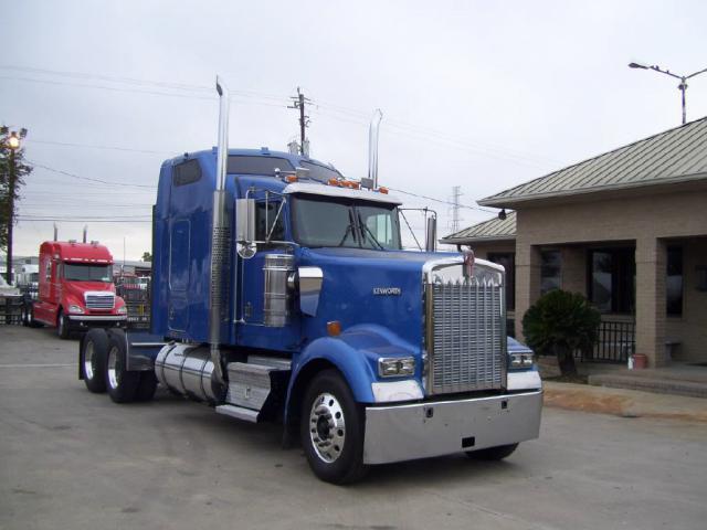big ol trucks on
