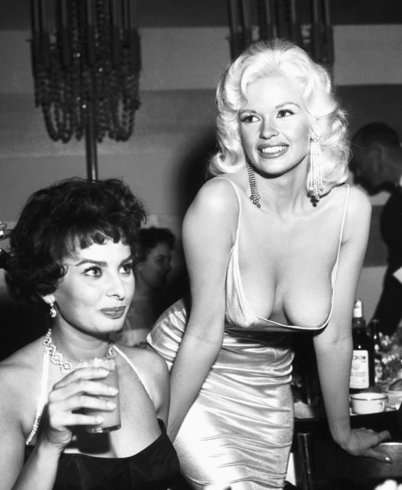 Les Plus Belles Poitrines : belles, poitrines, Vanity, France, Twitter:, Belles, Poitrines, Cinéma, Http://t.co/p3rtSo7pCi, Http://t.co/GcXCJy376Q