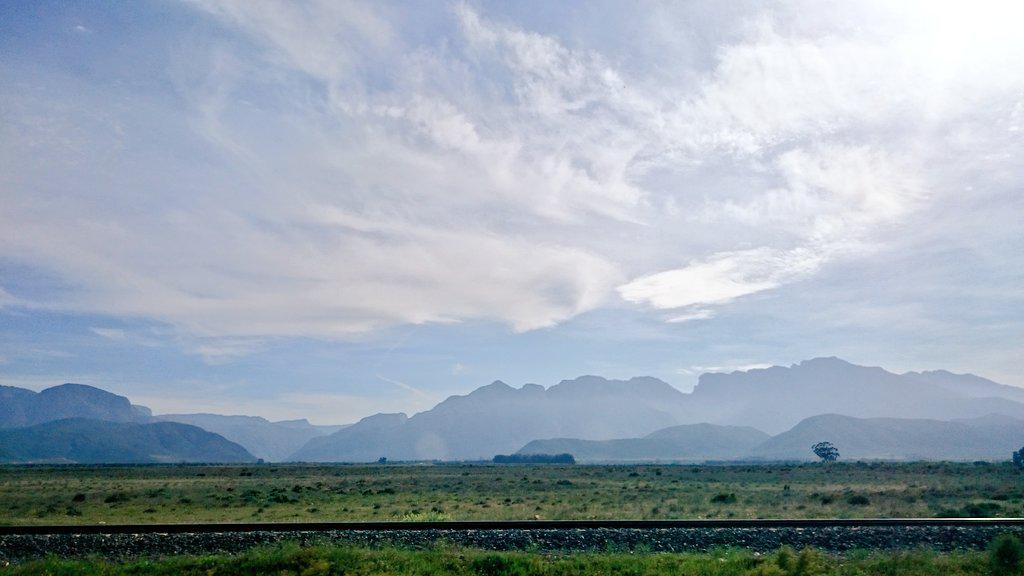 Road trip through the Klein Karoo (Copyright: Eugene Yiga)