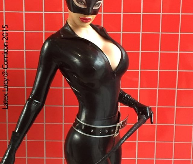 I Visited Comicon Yesterday And Had An Awesome Time Of Course I Had To Dress Up So Decided On Catwoman Hehe Dpic Twitter Com Pqihjjrvhi
