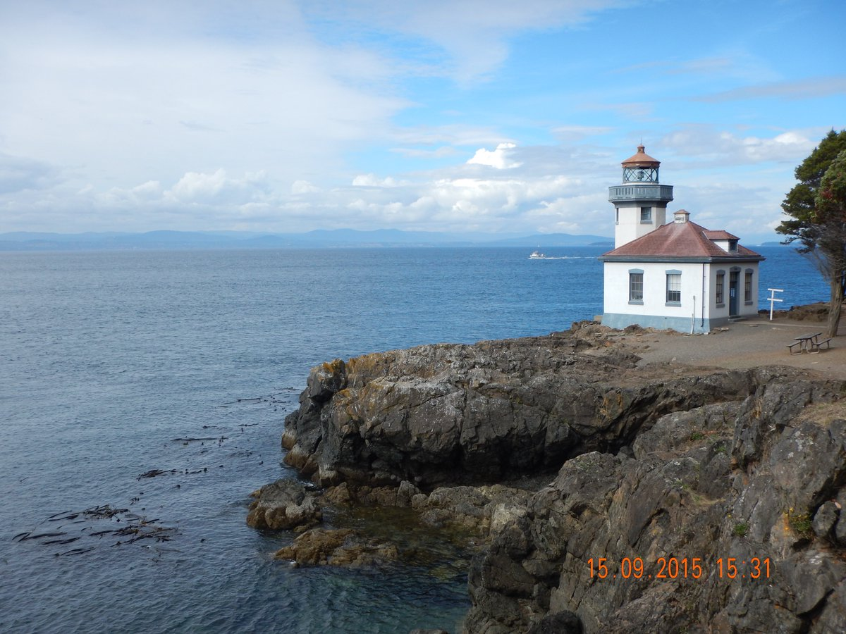 Lime Kiln Point state park & lighthouse to watch for orcas