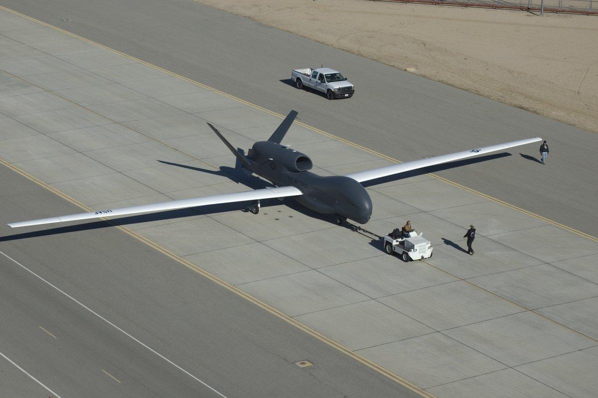 test ツイッターメディア - 【RQ-4】どこに出てきたか分からない航空機シリーズの一つ。AHのICBM発射阻止ミッションでICBMの監視をしていた事が無線で述べられてるよ。気にしてる人でもなければ知るかってね。https://t.co/fUC722zx9l
