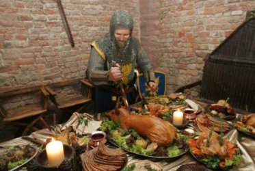 i love medieval food @mdvalfoodielyfe Twitter