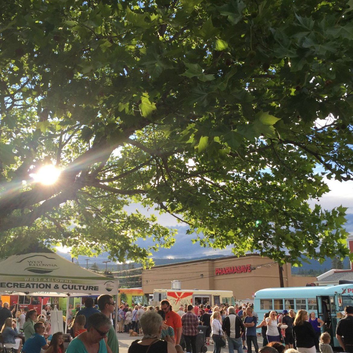 test Twitter Media - The Okanagan Food Truck Fest returns to #WestKelowna on Thursday! #foodtruck https://t.co/I0RXk9ecxY https://t.co/NgjItmxUsI