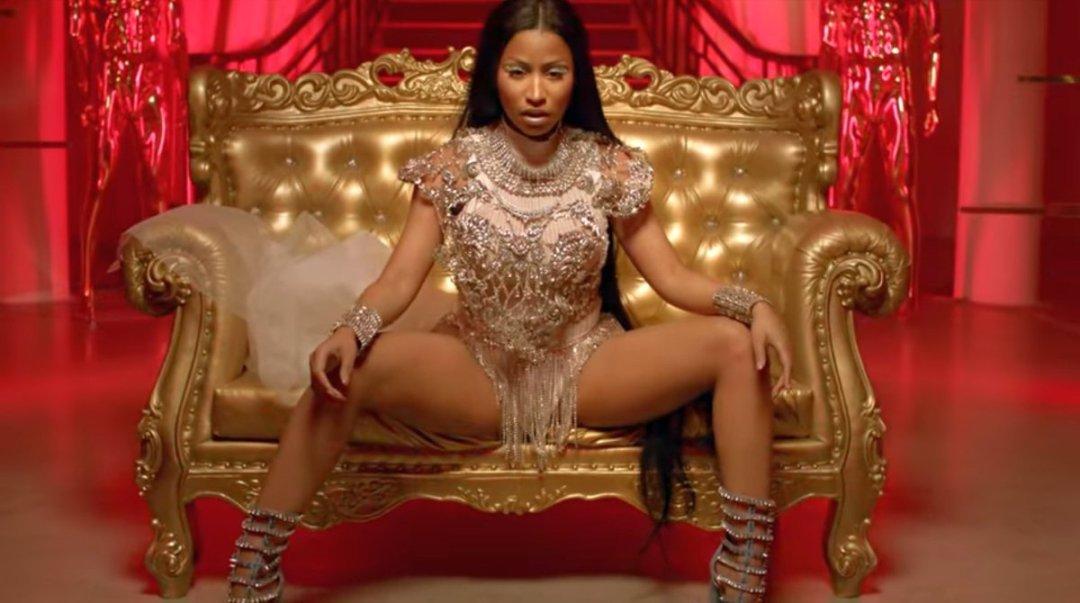 David Guetta - Light My Body Up Music Video ft. Nicki Minaj & Lil Wayne 5