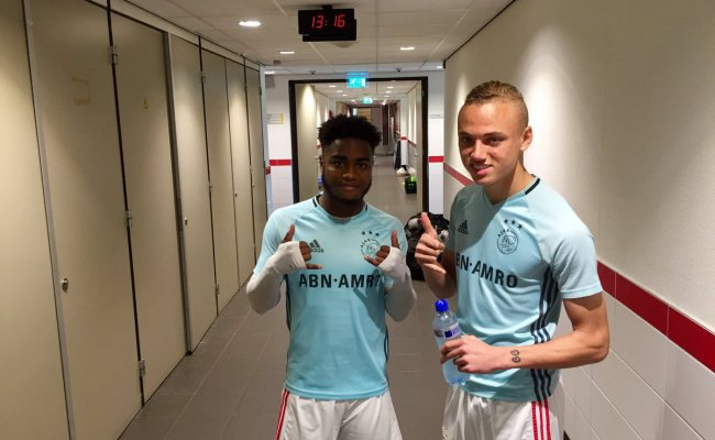 Afc Ajax On Twitter Noa Lang En Ché Nunnely Zijn Er