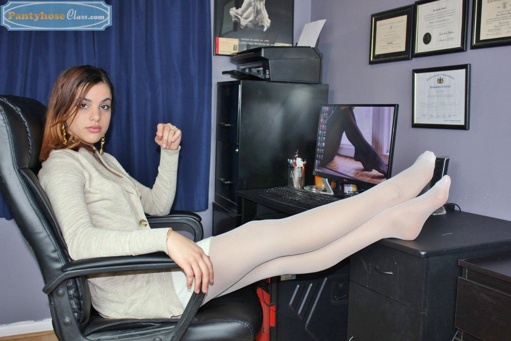 PantyhoseClass on Twitter Business Lunch httpstco