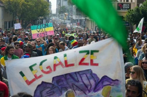 Thousands demand legalization of #cannabis in #SouthAfrica  #marijuana