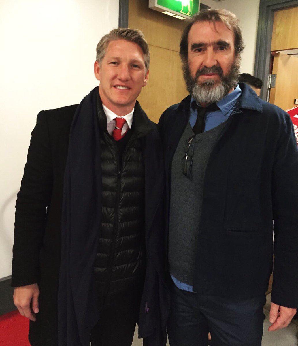 He was one of manchester. Bastian Schweinsteiger On Twitter Met Eric Cantona Today One Of My Favorite Players When I Was A Child Legend Mufc