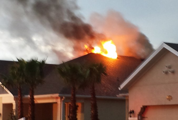 Lightning strike ignites fire at Pasco County home; no injuries reported