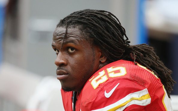 .@Chiefs say Jamaal Charles will be a limited participant at OTAs, a sign of progress for RB