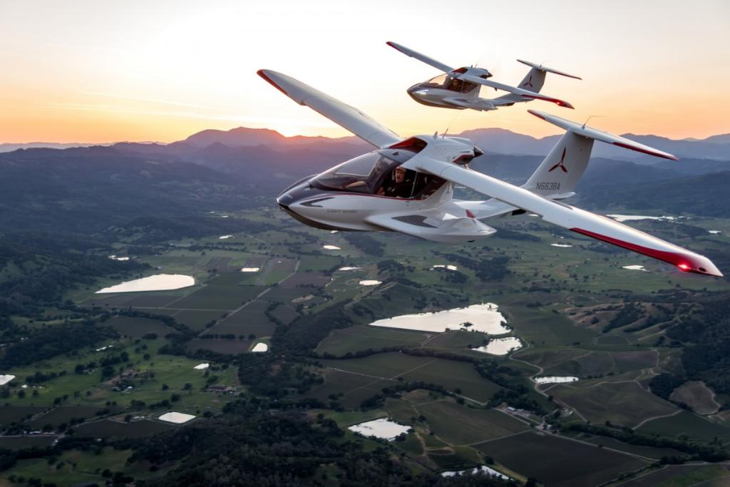 This startup is selling small planes that only take a few weeks to learn to fly: