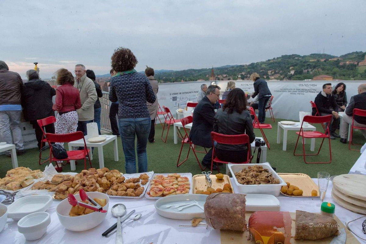 San Petronio on Twitter Le foto del primo aperitivo sulla terrazza panoramica di San Petronio