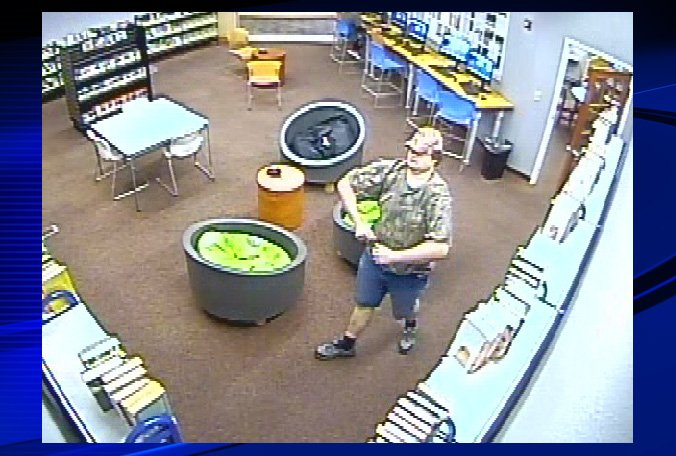 Police looking for man they say exposed himself to girl at Winter Haven library