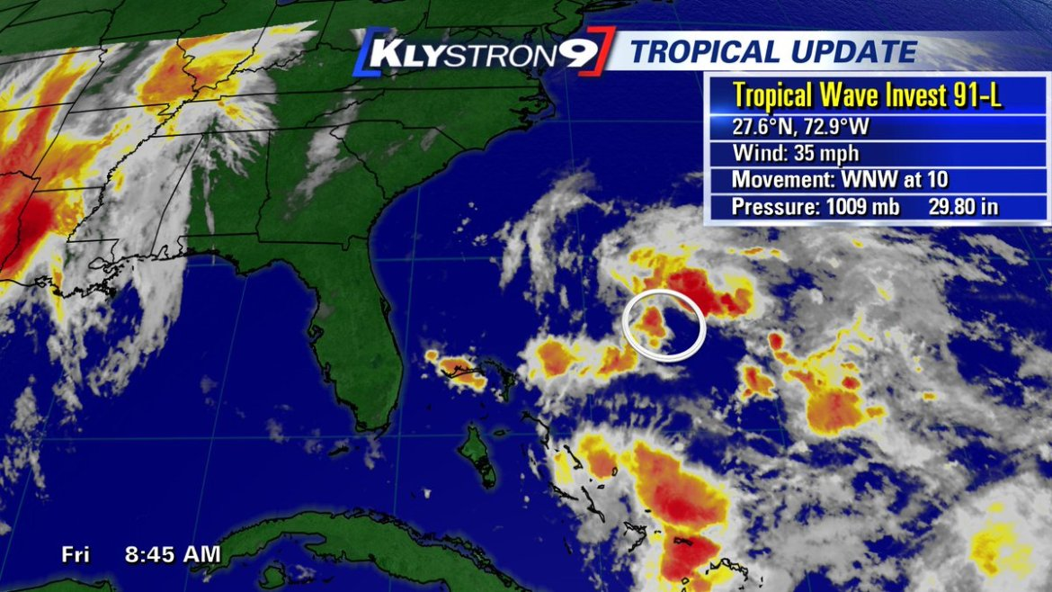 Hurricane hunters to investigate low in the Atlantic this afternoon. No threat to #TampaBay.