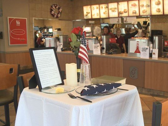 Chick-fil-A commemorates #MemorialDay with missing man table    #chickfila #MemorialDay2016