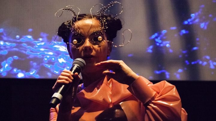 #Bjork Launches #VirtualReality Exhibition  #VR #Tech #Music #technology #Cool #Exhibition