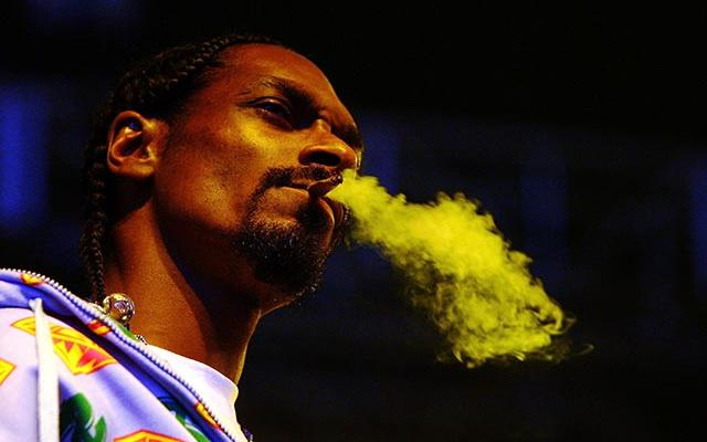 Snoop Dogg in Legal Fight with NHL Team over Pot Product Line. FInd out which team and why.
