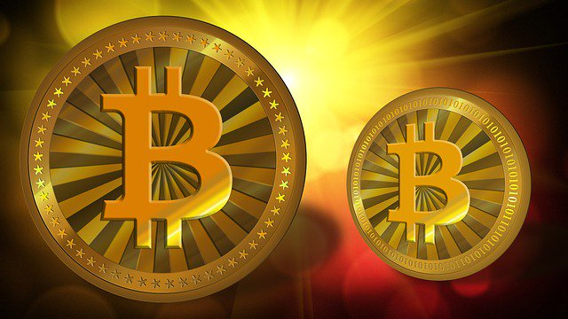 Bitcoin rewards halve for virtual cash money miners - BBC News -