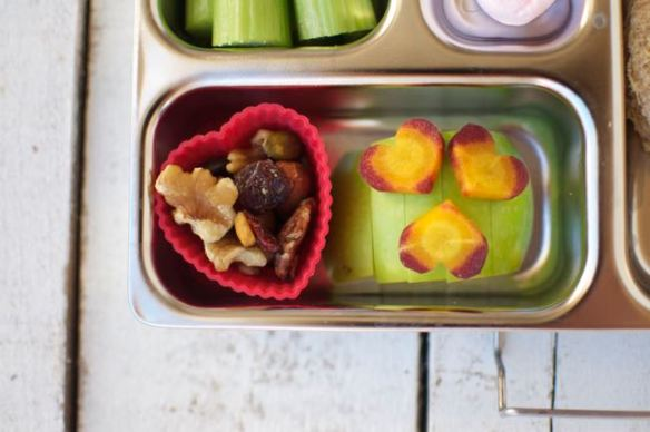 Fun Valentine\'s Day Lunch for Kids -