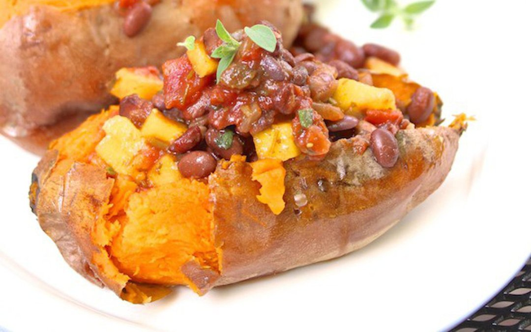 Grilled Sweet Potato Boats With Black Bean Mango Salsa [Vegan] �