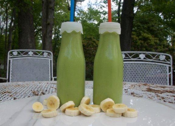 Avocado Banana Smoothie: