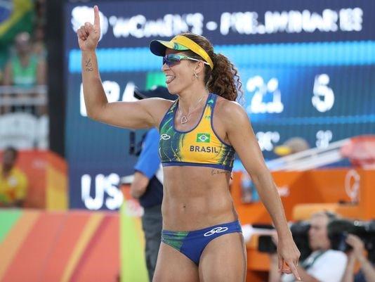 NBC Sports' Chris Marlowe calls same-sex spouse wrong gender @Rio2016_en