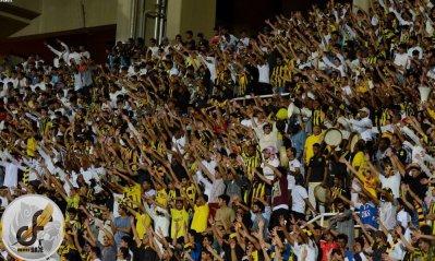 ٧ آلاف مشجع يحضرون مباراة الاتحاد والرائد