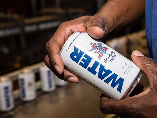 Anheuser-Busch sends over 250K cans of water to flood victims  #anheuserbusch #LouisianaFlood