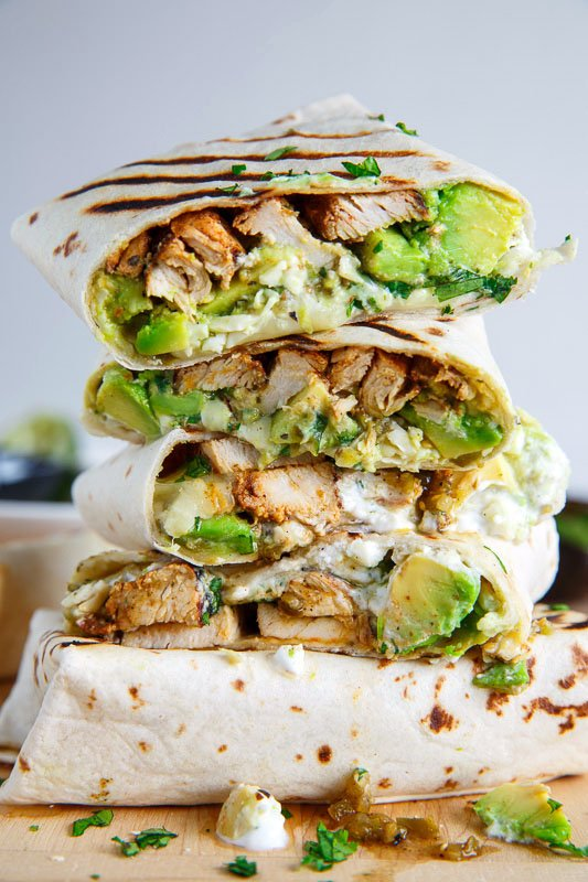 Currently drooling over these chicken avocado burritos! 👉👉