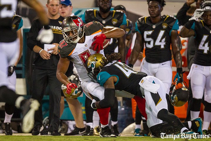Bucs tight end Austin Seferian-Jenkins earns right to split first-team reps.  #Bucs @Aesj88