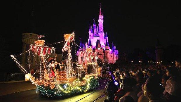 Disney to livestream Main Street Electrical Parade before final run -