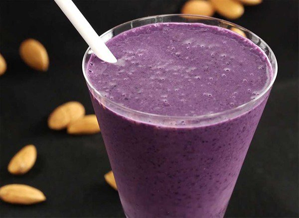 Get our exclusive Blueberry Dazzler smoothie for the ultimate fat burn: �