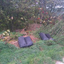 Bradford Council Sofa Removal How To Build A Simple Bookcase Table Olivia Butterworth On Twitter Grr Fly Tipping In Beautiful Countryside Bradfordmdc Any Chance You Can Get This Shifted From Penistone Hill