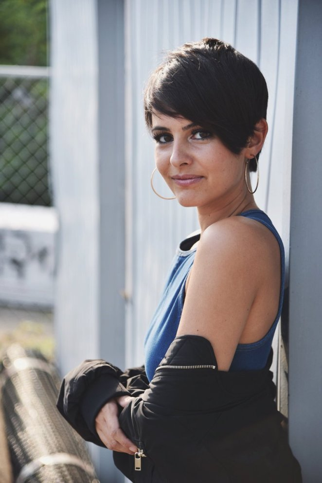 Lisa Cimorelli Debuts Her New Short Hair Celebmix