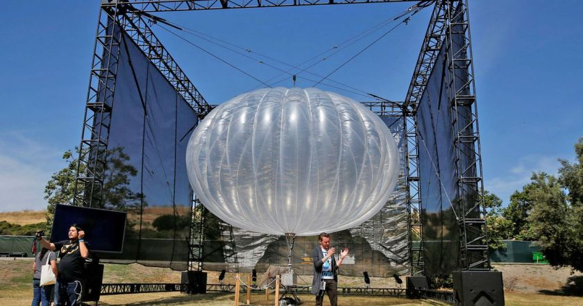 Google internet balloon uses #AI to stay in place for weeks