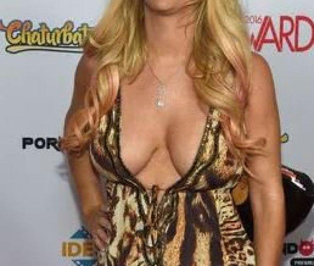 Porn Star Tasha Reign Rips California Bill Forcing Male Stars To Wear Condoms Https