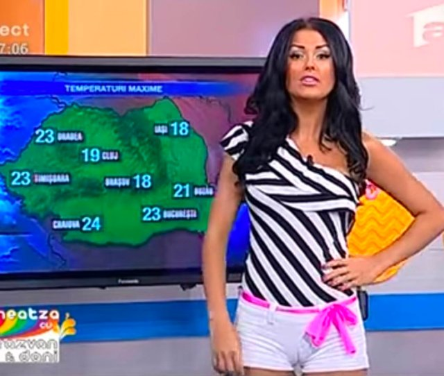 Sexy Weather Girl Exposes Camel Toe Live On Air In Ultimate Wardrobe Gaffe Https