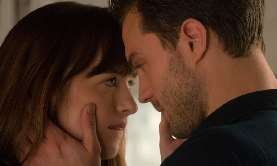 'Fifty Shades Darker' director reveals a plan for virtual reality!