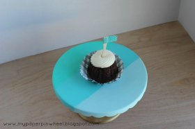 Check out these crafty cake stand ideas. diy