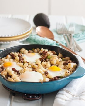 Kick off the with a breakfast! Low Carb Jicama Breakfast Skillet : ://