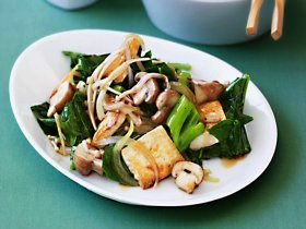 stir-fry tofu and mushrooms with greens ://