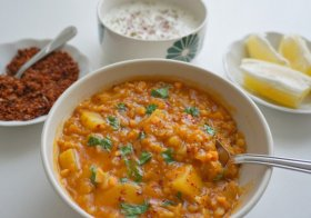 Red Lentil Bean Soup with Garlic and Yogurt