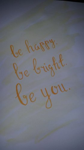 Today on the blog, DIY watercolour quotes! DIY Blogmas crafting painting