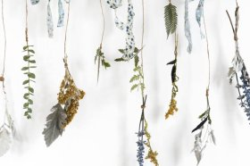 Embrace Fall with this DIY dried flower mobile: