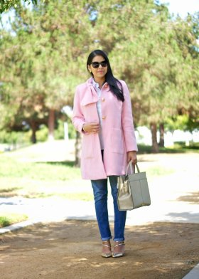 My pink coat obsession! See this outfit herefashionblogger styleblogger ootd pinkcoat